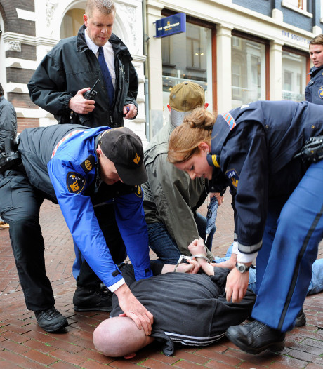 Politie traint op bestrijden extreem geweld in Arnhemse binnenstad