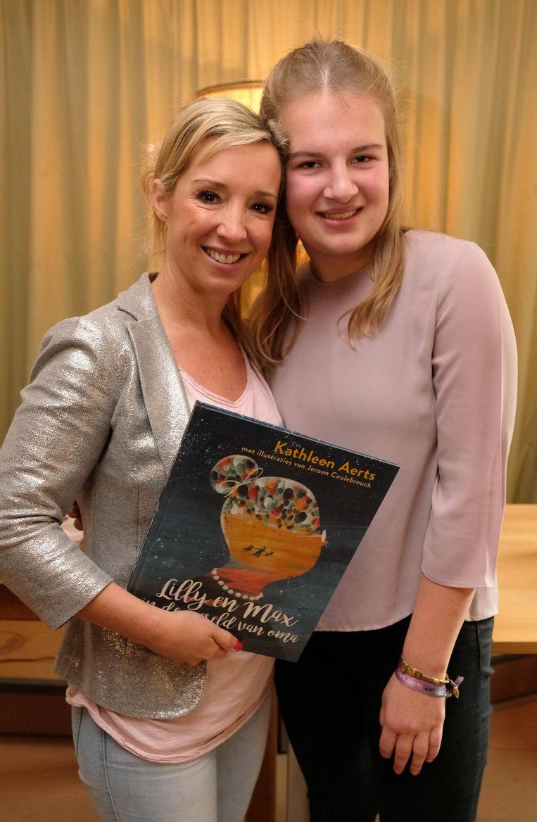 Kathleen Aerts en Britt De Wit (15) uit Lille.