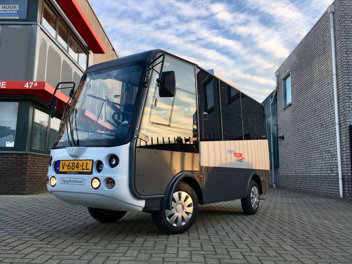 Van dit busjes moeten straks twee exemplaren door Zutphen rijden om ouderen comfortabel naar het centrum te kunnen vervoeren en weer terug te brengen.