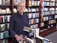 Boekhandelaar Arthur Bake uit Haaksbergen brengt leesvoer aan huis: 'Klanten willen dat de boeken uit onze winkel komen'