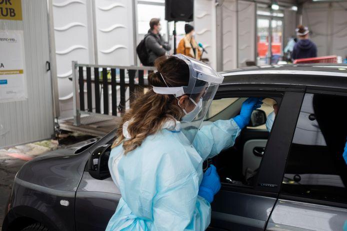 Op zaterdag kwamen 998 mensen zich laten testen in het testdorp Spoor Oost.
