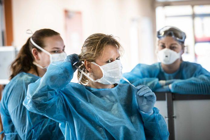 Ziekenhuizen hebben de handen vol aan patiënten met luchtwegklachten tijdens de corona-uitbraak.