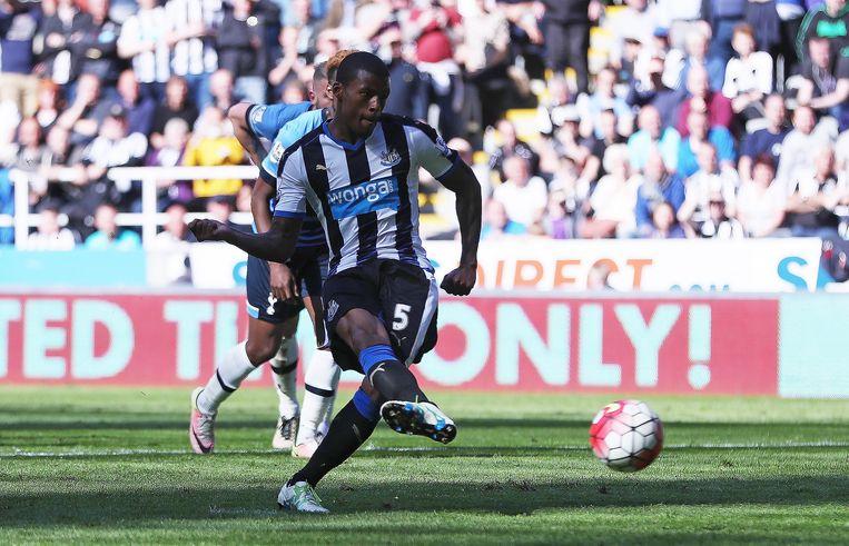 Georginio Wijnaldum scoorde twee keer voor Newcastle United. Beeld getty