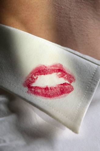 """SEXPLOSIE (6). Marianne (50) heeft al 21 jaar relatie met getrouwde man: """"Eigenlijk is dat wel tof zo, op van die spannende plekken"""""""