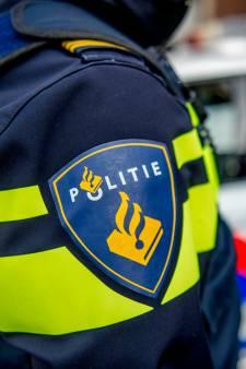 Automobilist rijdt in op vrouw uit Apeldoorn bij Action: politie spreekt van 'poging tot doodslag'