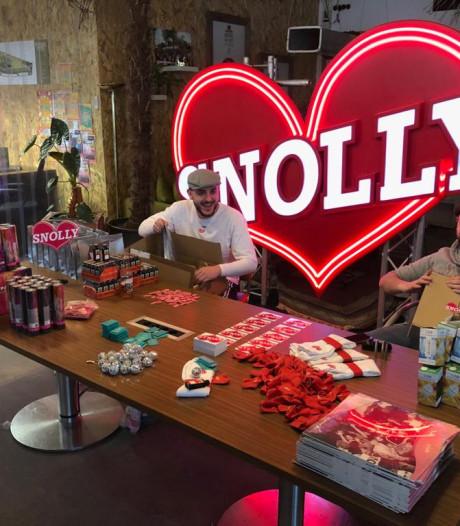 Eenzame thuisfeestjes steeds inventiever: Disco Snolly komt met doe-het-zelf-discopakketten