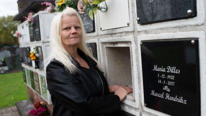 """Magneetvissers halen gestolen urne boven water: """"Gehuild toen ik mijn overleden broer weer kon vastnemen"""""""