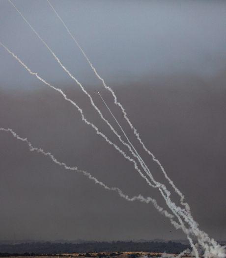 """Plus de 1.000 roquettes lancées sur Israël depuis lundi soir, l'ONU craint une """"guerre à grande échelle"""""""