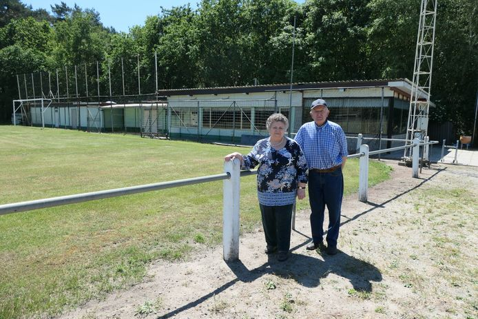 Jeanine Janssens en André Olbrechts verkopen hun VV Adler aan KV Mechelen.