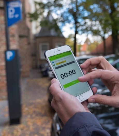 Gemeenteraad wil meer reclame voor parkeer-apps in Wageningse binnenstad