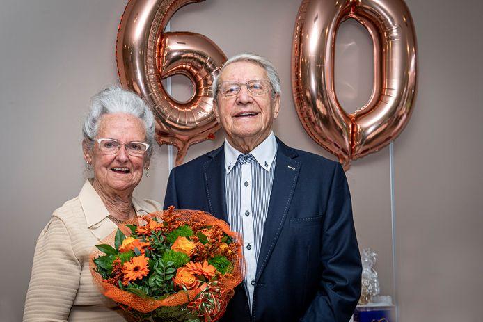 Paul Declercq en Norva Vandenabeele vierden hun 60-jarig jubileum.