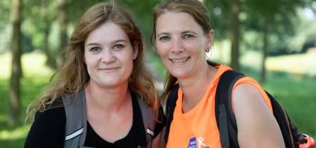 Zeeuwse nichtjes lopen voor hun zieke vaders: 'Het is hartverwarmend dat zoveel mensen doneren'