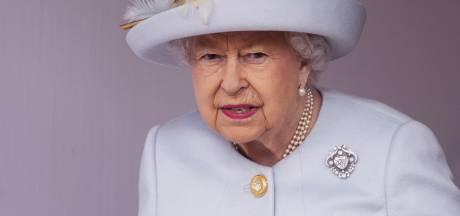 """Des étudiants d'Oxford retirent un portrait d'Elizabeth II, scandale au Royaume-Uni: """"Comment osent-ils?"""""""