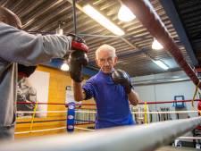 Rein (86) is de oudste bokstrainer van Nederland: 'Het heeft mij veel geld en een huwelijk gekost'