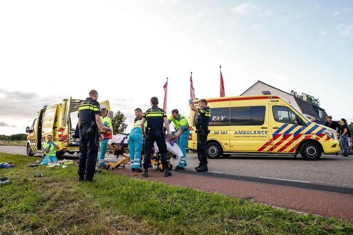De wielrenner raakte zwaargewond toen hij werd geschept door een auto in Terheijden.