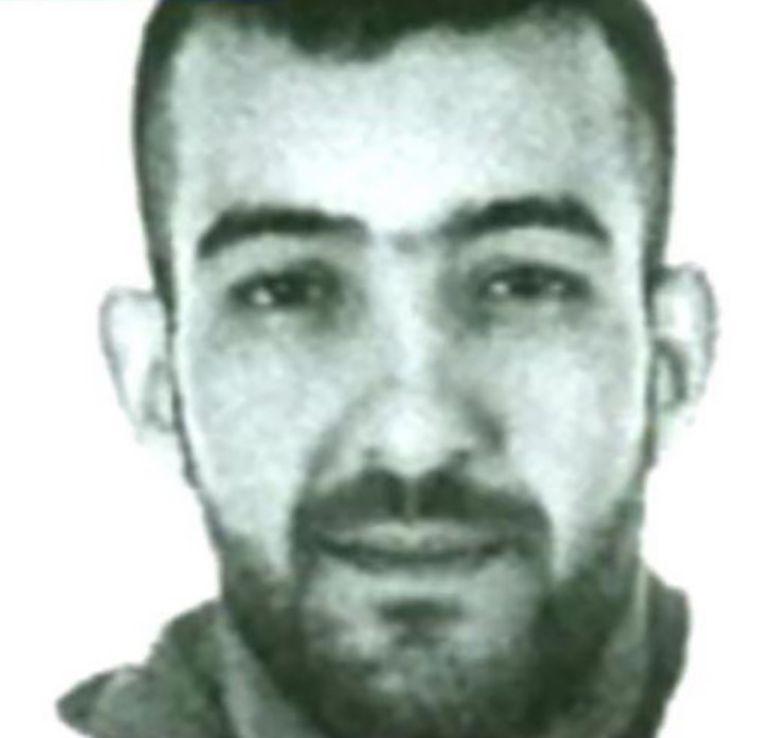 Mohammed Amri werd op zaterdag 14 november opgepakt, nadat hij samen met Hamza Attou (21) Salah Abdeslam was gaan ophalen in Parijs. Beeld kos