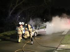 Auto brandt uit in Rheden
