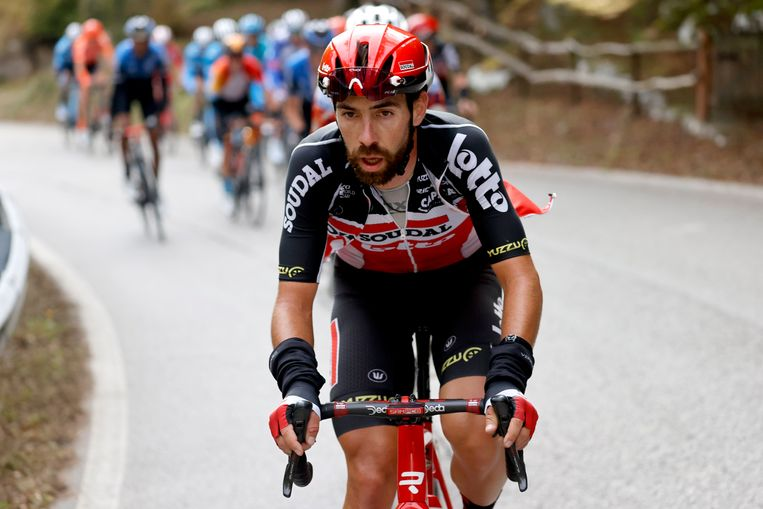 Thomas De Gendt, in de Giro: 'Je kan dit echt niet vergelijken met een gewone koers.'  Beeld Photo News