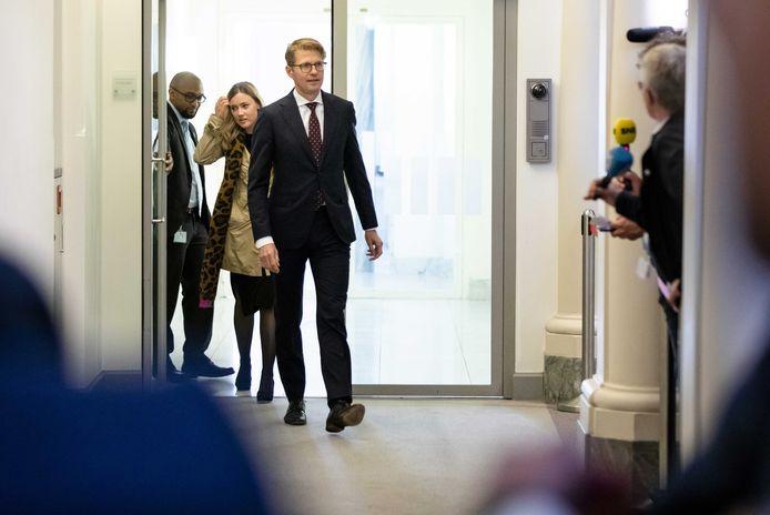 VVD en CDA willen dat minister Sander Dekker voor Rechtsbescherming de privacyregels aanpast.