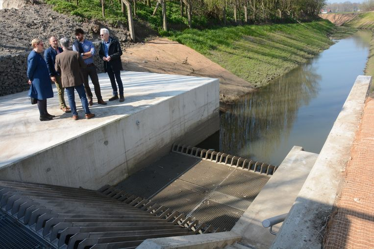 Het nieuwe pompstation voert het water van de Zwaluwbeek af naar de Schelde.