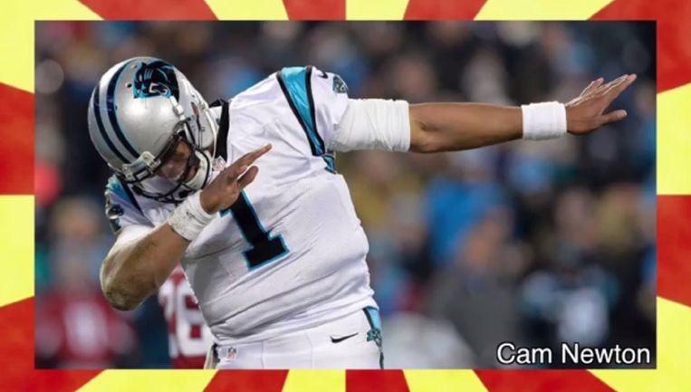 Cam Newton doet de 'dab'.  Beeld Screenshot