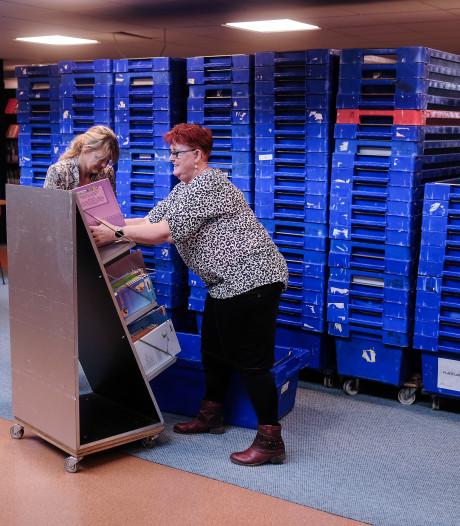 Oude bibliotheek in Zevenaar gaat verhuizen, nog één keer boeken inslaan