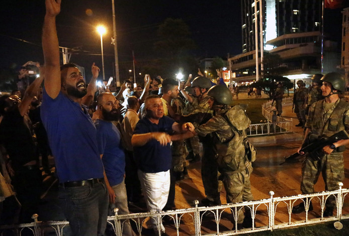 Sinds de staatsgreep zijn 40.000 mensen gearresteerd.