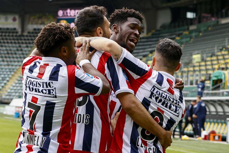 Willem II viert de 0-1 in de wedstrijd tegen ADO Den Haag, die dreigen te degraderen.  Beeld ANP