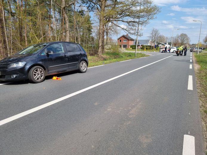 Bij een aanrijding op de Bornsestraat raakte een fietser gewond.