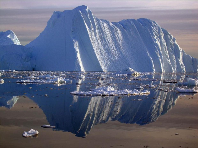 Smeltend ijs op de Noordpool.