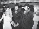 Nelly en Willy van der Kuijlen hebben Johan Cruijff en zijn toekomstige echtgenote Danny uitgenodigd om carnaval te vieren in Helmond in 1968.