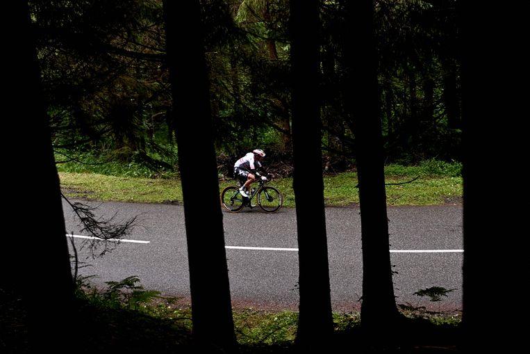 Konrad is op weg naar de etappezege. 'Dat maakt me trots, Oostenrijk is niet het grootste wielerland.' Beeld Anne-Christine Poujoulat / AFP