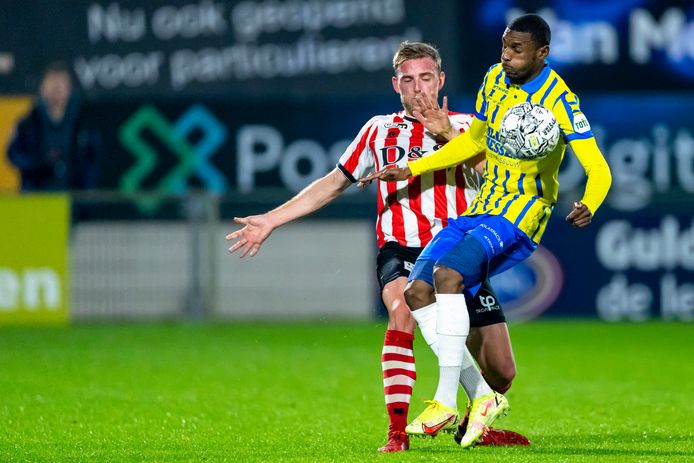 It is precisely Kramer that helps RKC to a crucial victory against Sparta |  Dutch football