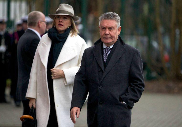 Met haar echtgenoot, Eurocommissaris Karel De Gucht (Open Vld). Beeld Belga