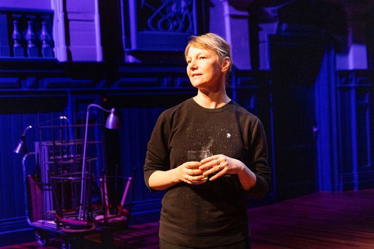 Van Dolron: 'Misschien is theater niet zo belangrijk. Niet alles is urgent of van levensbelang, zeker nu niet.'  Beeld MOON SARIS