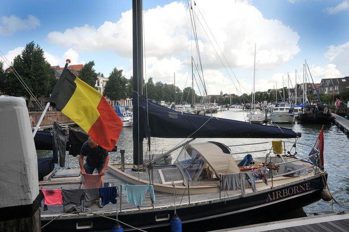 De havens in Dordrecht liggen al jaren vol met Belgische boten.