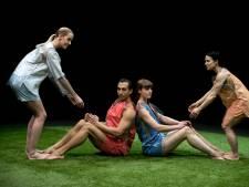 Choreografe Katja is gefascineerd door de invloed van technologie en komt met 'Pandora's DropBox'