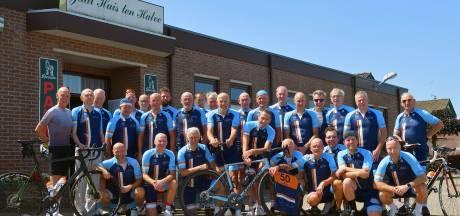 Toerclub De Bidon wordt 50 jaar: 'Het begon als een wild clubje, met vijf vrienden'