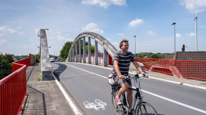 """Vrachtwagensluis aan Katelijnse stationsbrug heeft nog niet één vrachtwagen beboet: """"Boete voor vrachtwagen is ook boete voor schoolbus"""""""