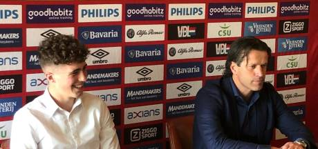 PSV ziet potentie in keeper Van Lare (16) en beloont jonge Zeeuw met contract