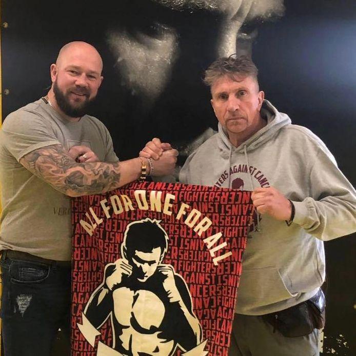 Vanmechelen samen met Rotterdammer en drievoudig Europees kampioen kickboksen Jan Oosterbaan.