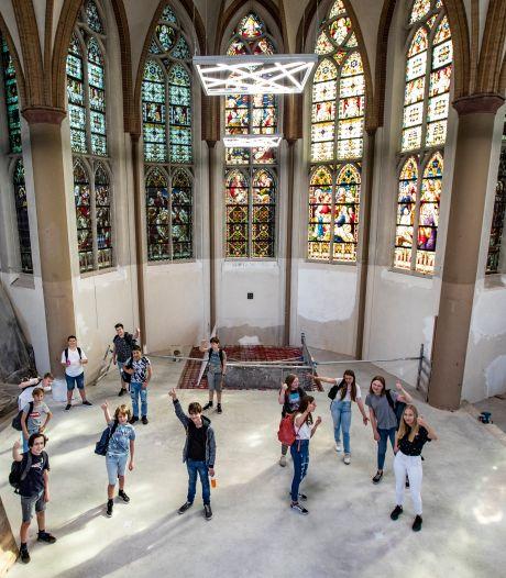 Buurt en 'schoolkerk' Deventer leven langs elkaar heen: 'Vervelend dat we maar niets horen'