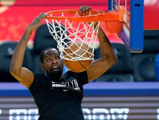 NBA-vedette Kevin Durant krijgt boete van 50.000 dollar na homofobe beledigingen