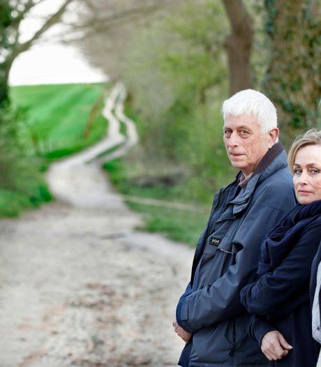 'Is dit wel de as van vader en moeder?' Twijfels van Groesbeekse familie zullen 'nooit verdwijnen'