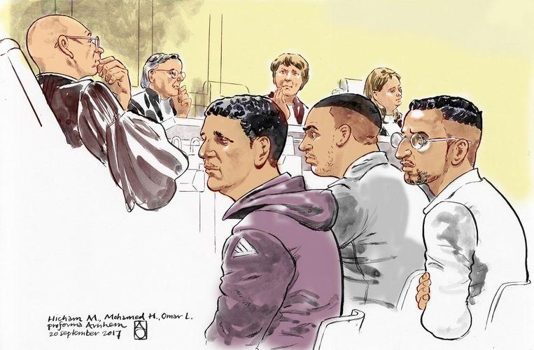 Rechtbanktekening van Hicham M., Mohamed H. en Omar L., in de zaak rond de liquidatie van Chahid Yakhlaf. Beeld Aloys Oosterwijk/ANP
