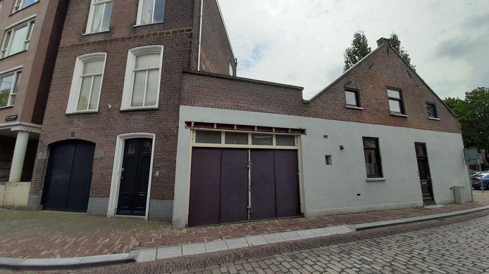 Droom Vastgoed wil de loods aan de Houttuinen 14 slopen en vervangen door een woning van drie verdiepingen.