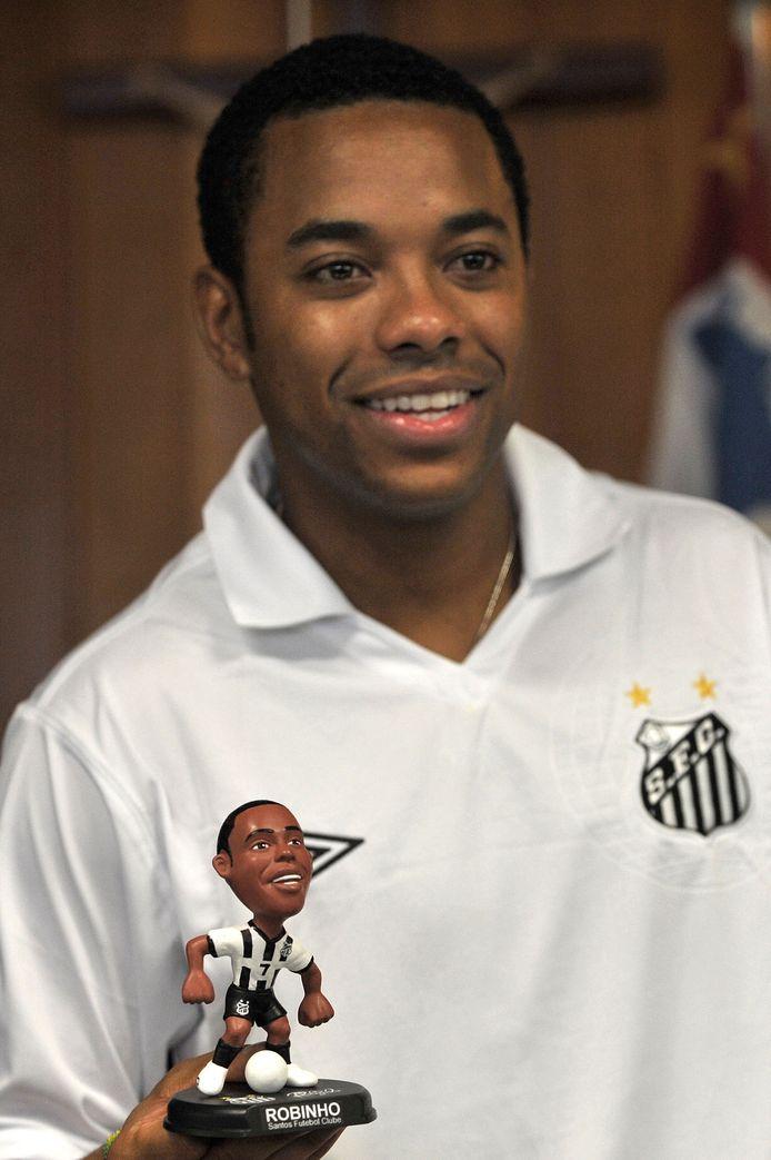 Robinho in 2010 bij zijn eerste terugkeer bij Santos. Hij is nu toe aan zijn vierde periode bij de Braziliaanse club.