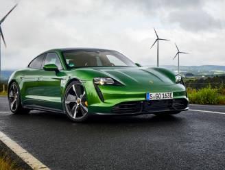 Ook Porsche-rijders vallen voor elektrische wagen: Taycan stoot iconische 911 van zijn troon