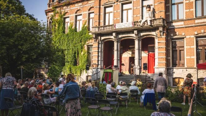Mariakerke feest mee: poppen veroveren kasteel Claeys-Bouüaert