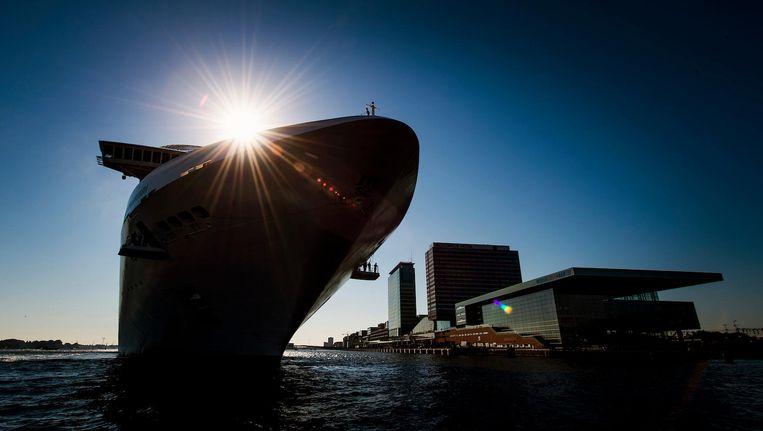 Een schip van MSC, dat ook vertrekt uit Amsterdam. Beeld anp